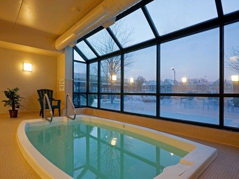 фото La Quinta Inn & Suites Boston Somerville 488555454