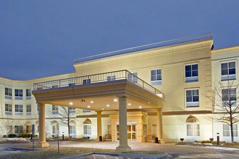 фото La Quinta Inn & Suites Chicago North Shore 488558703