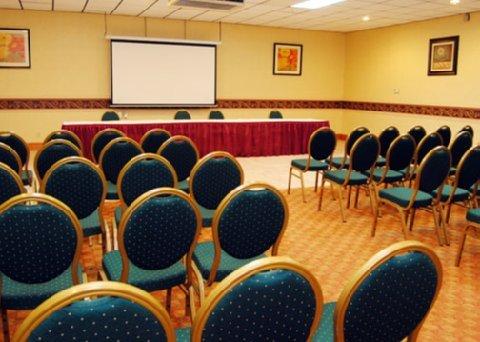 фото Comfort Inn & Suites Triadelphia 488568859