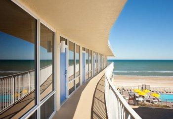 фото Outrigger Beach Club 488578344