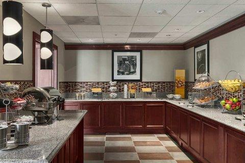 фото Hampton Inn & Suites Cleveland-Beachwood 488579587