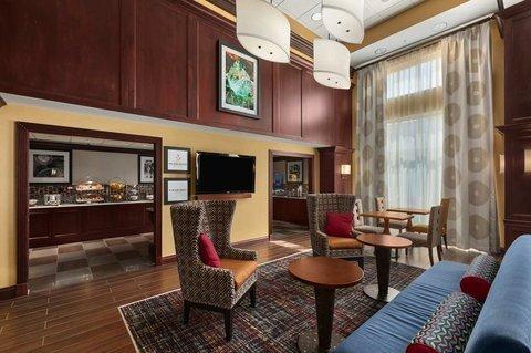 фото Hampton Inn & Suites Cleveland-Beachwood 488579588