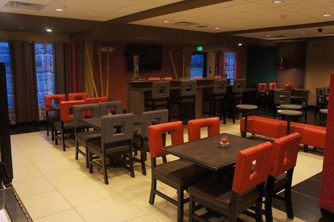 фото Holiday Inn Express York Southeast 488592817