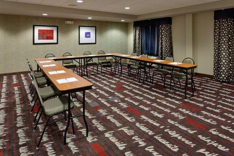фото Holiday Inn Express York Southeast 488592823