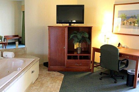 фото Hampton Inn & Suites San Clemente Beach 488596174