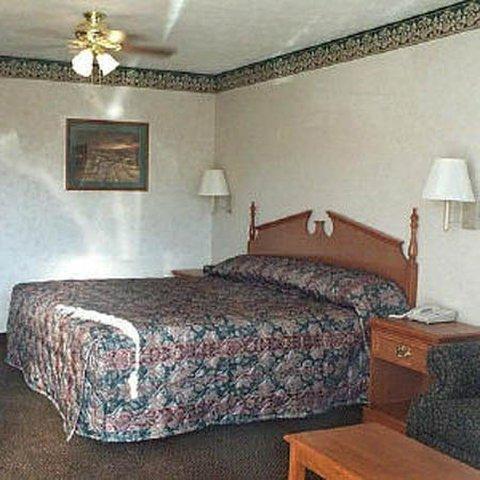 фото Deerfield Inn & Suites 488603874