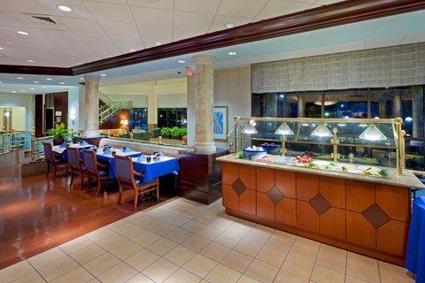 фото Crowne Plaza Hotel Englewood 488604722