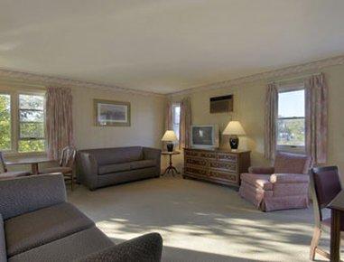 фото Great Barrington MA Travelodge Hotel 488605097
