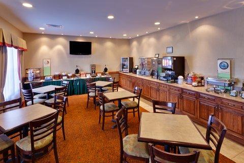 фото Country Inn & Suites Hixson 488605422