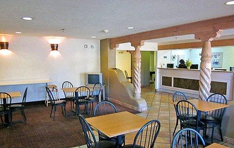фото Motel 6 Santa Fe Central 488605474