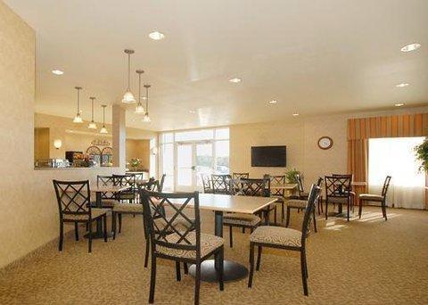 фото Comfort Suites Coralville 488607862