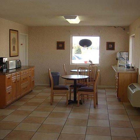 фото Americas Best Value Inn Blytheville 488608204