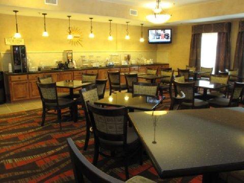 фото La Quinta Inn & Suites Houston Bush Intl Airport E 488611657