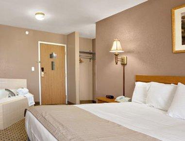 фото Baymont Inn & Suites Jacksonville 488613710