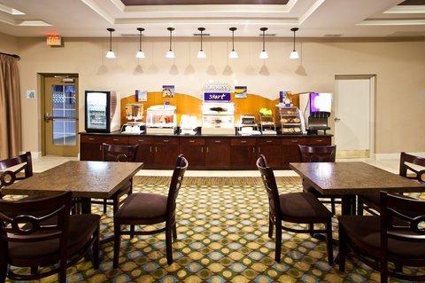 фото Holiday Inn Express Palatka Northwest 488614293