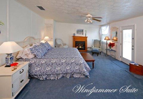 фото Beachfront Bed & Breakfast 488616300