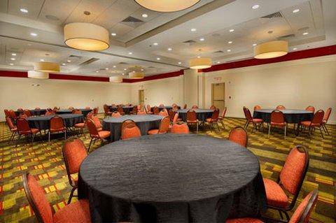 фото Drury Inn & Suites Orlando 488620034