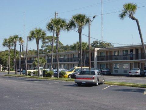 фото Holiday Lodge & Suites Fort Walton Beach 488620567