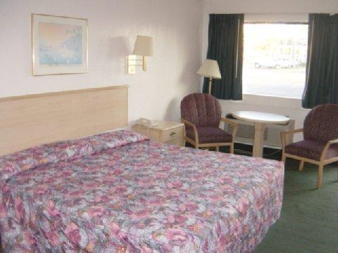 фото Holiday Lodge & Suites Fort Walton Beach 488620569