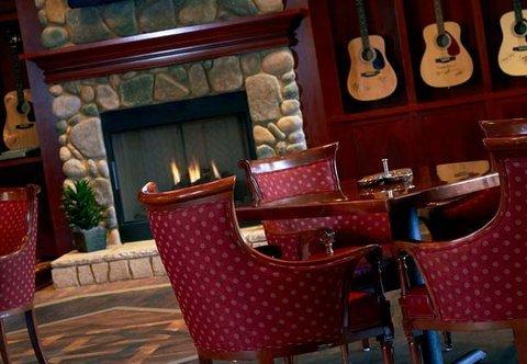 фото Marriott Shoals Hotel And Spa 488624969
