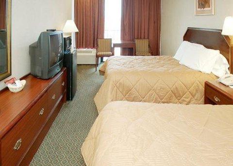 фото Comfort Inn Capitol Heights 488633397