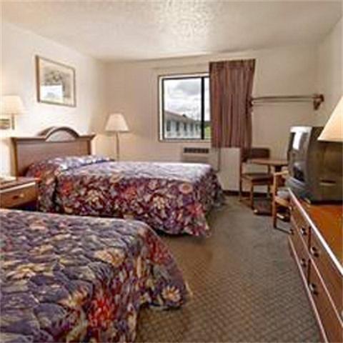 фото Country Hearth Inn Rocky Mount 488634590