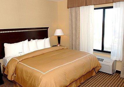 фото Comfort Suites West of UC Davis 488638605