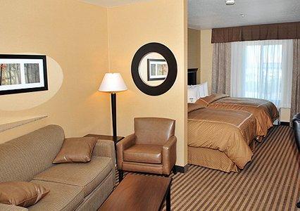 фото Comfort Suites West of UC Davis 488638607
