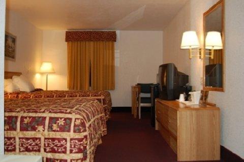 фото Econo Lodge Truman Inn 488638751