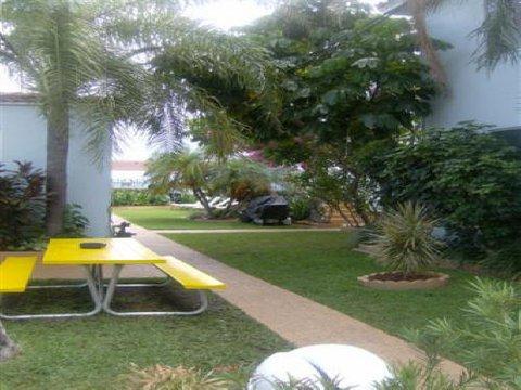 фото Ocean Drive Villas 488639634
