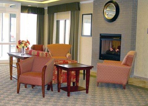 фото Comfort Inn & Suites Creswell 488640077
