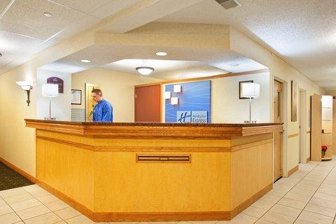 фото Lexington Inn & Suites - Joliet/ Plainfield/ I-55 North 488640563