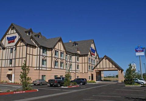 фото Fairfield Inn & Suites by Marriott Selma Kingsburg 488643410