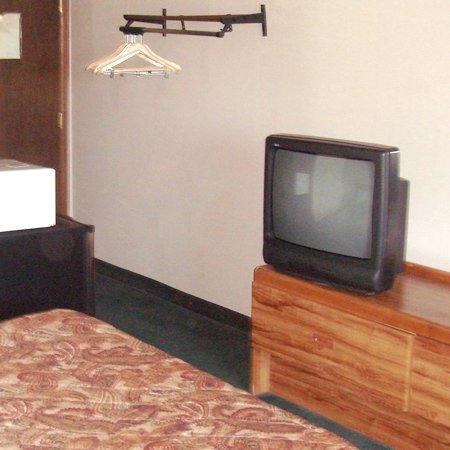 фото American Inn Rossford -Toledo South 488646984