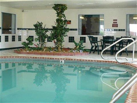 фото Luxury Inn & Suites Troy 488652029