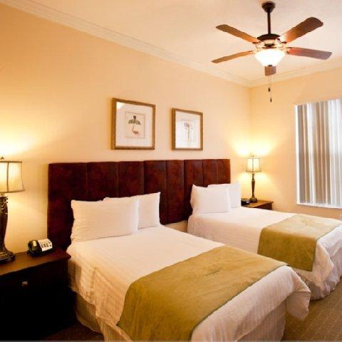 фото Emerald Greens Condo Hotel 488653258