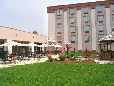 фото Radisson Hotel Piscataway 488654062