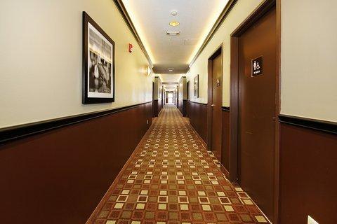 фото Best Western Plus Seawall Inn & Suites 488656537
