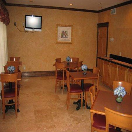 фото La Quinta Inn & Suites Dallas Mesquite 488658270