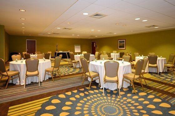 фото Holiday Inn Express Boston Brockton 488658547