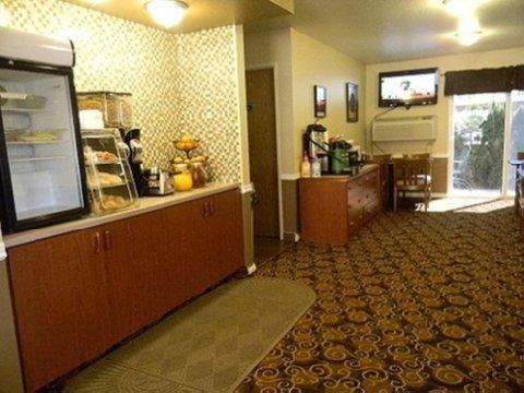 фото GuestHouse Inn Yakima 488660095