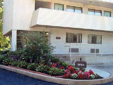 фото Motel 6 York 488661794