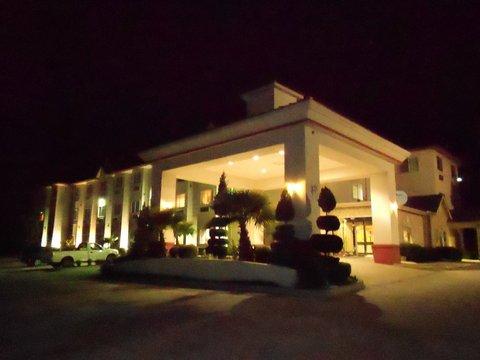 фото Best Western Roanoke Inn & Suites 488665192