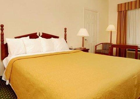 фото Quality Inn 488668635