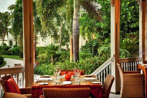фото Tranquility Bay Beach House Resort 488670080