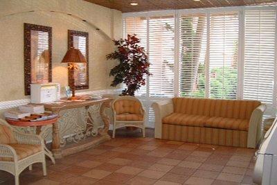 фото Sandcastle Oceanfront Resort at the Pavilion 488670102