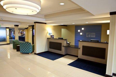 фото Comfort Inn & Suites Dimondale 488670846
