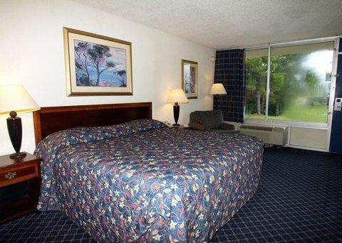 фото Rodeway Inn Crestview 488671033