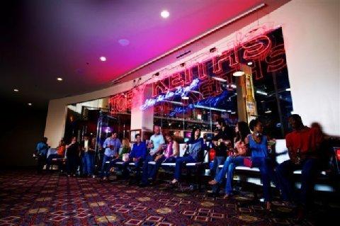 фото Hard Rock Hotel & Casino Tulsa 488671160