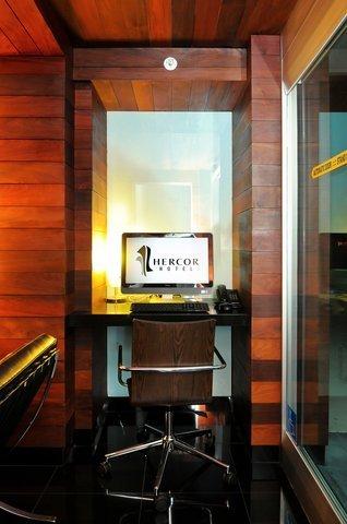 фото Hercor Hotel - Urban Boutique 488672919